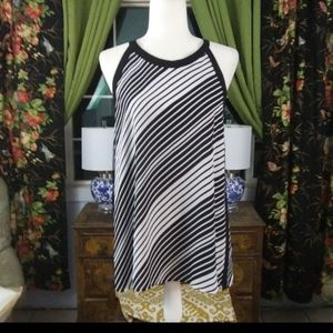 Vince Camuto black and white striped blouse Sz M
